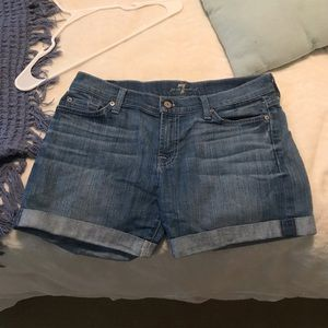 7 For All Mankind Jean Shorts in Light Wash